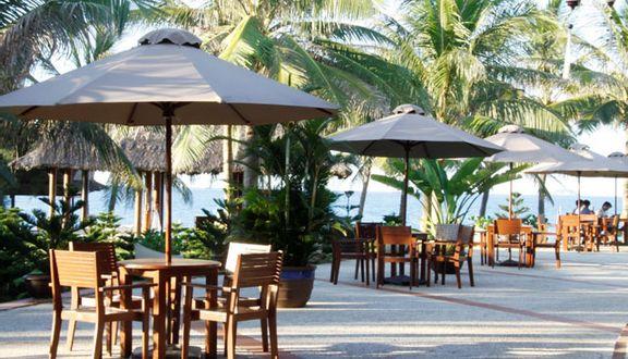 Colibri Restaurant - Palm Garden Resort