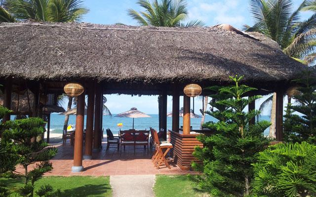 Breeze Bar - Palm Garden Resort