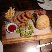 hamburger đặc biệt