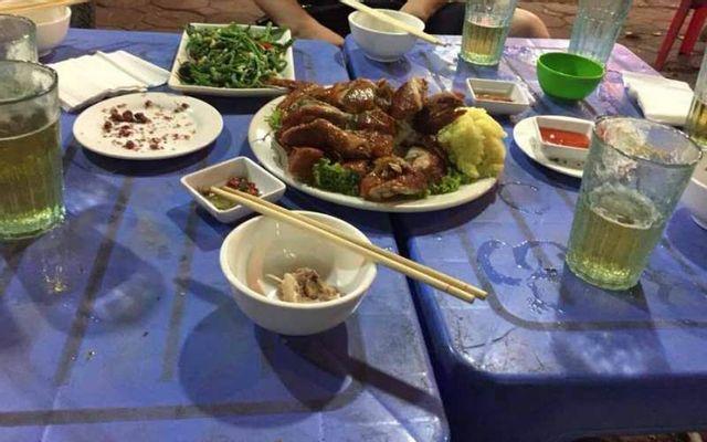 Quán Bình Gà - Bún, Phở & Bia Hơi