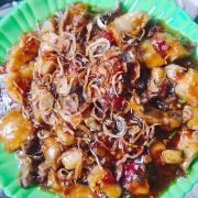 Gân + bao tử + trứng cá sốt chua ngọt . Món ăn dành cho tín đồ thích ăn cay
