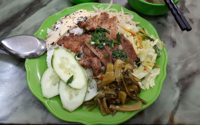 Trâm Anh - Cơm Bình Dân, Bún Bò & Cafe Giải Khát