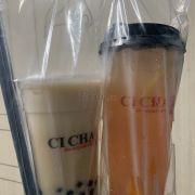 Trà sữa oolong đào + trân châu đường đen & Trà đào chanh vàng + trân châu 3Q ngọc trai