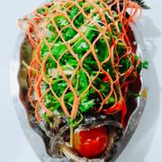 Cá mú hấp hongkong  Ăn ngon , lạ miệng . Thịt cá chắc ngọt , mình ăn thử cho biết vị , mà ăn ngon quá nên không cưỡng được , thật sự rất ngon và hấp dẫn