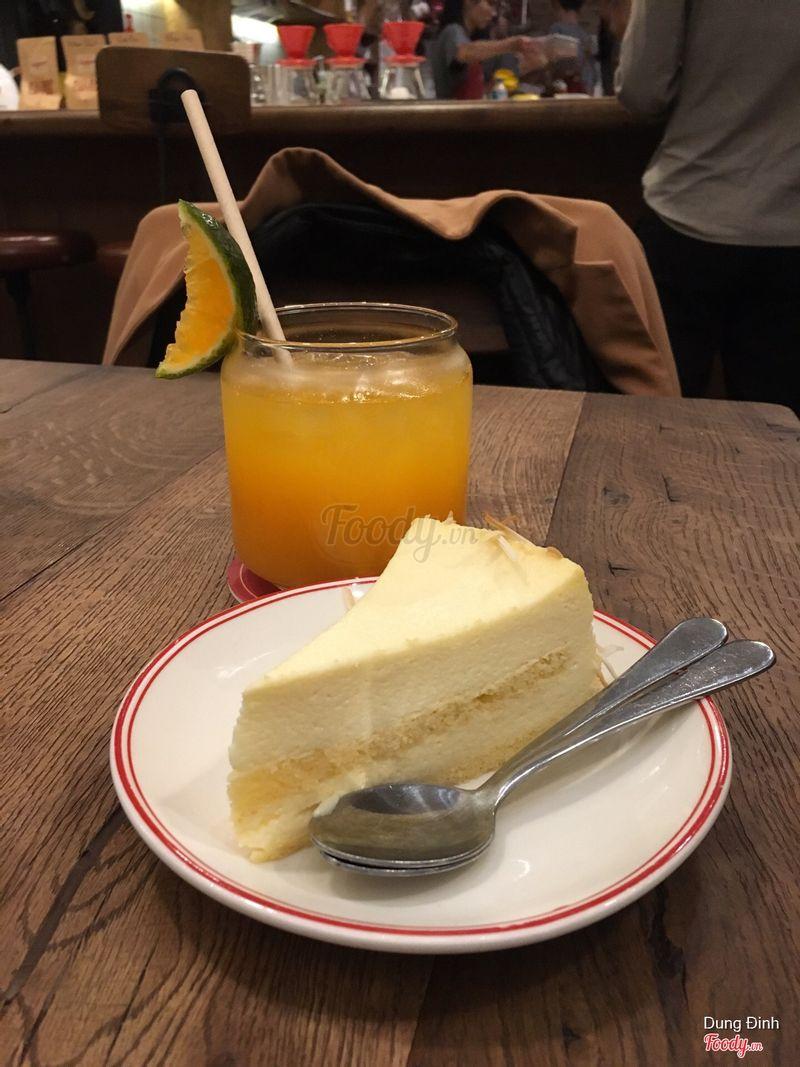 Cam ép và bánh sữa dừa non