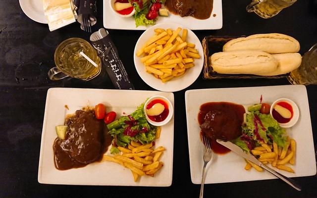 Beefsteak Titi - Nguyễn Thị Nghĩa
