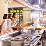 Nhà hàng Nautilus ngay trong khách sạn với thực đơn phong phú đa dạng, thay đổi mỗi ngày