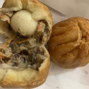 Bánh bao chiên hải sản 12k/cái ko ngon