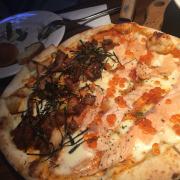 Pizza cá hồi