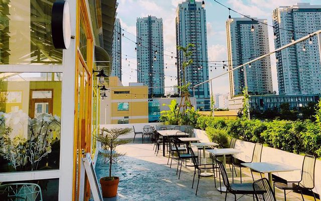 Nắng Rooftop Coffee