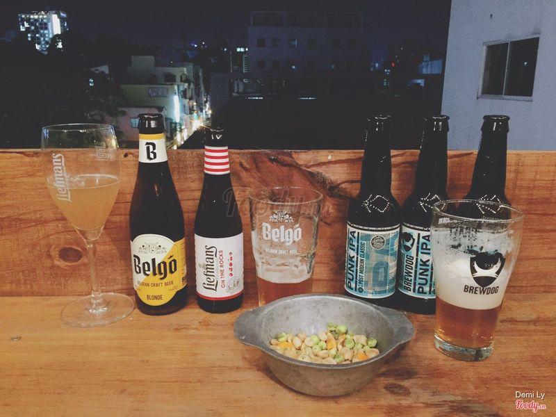 Ăn snack hoy ah , khuyến khích ăn cơm nhà r ra làm chai bia nghen