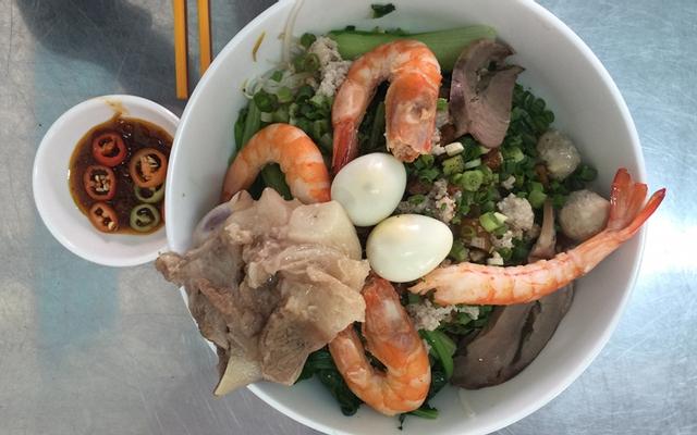 Ngọc Thúy - Hủ Tiếu Nam Vang & Bánh Canh Giò Heo