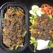 sallad thịt bò và miến trộn thịt bò kiẻu Hàn