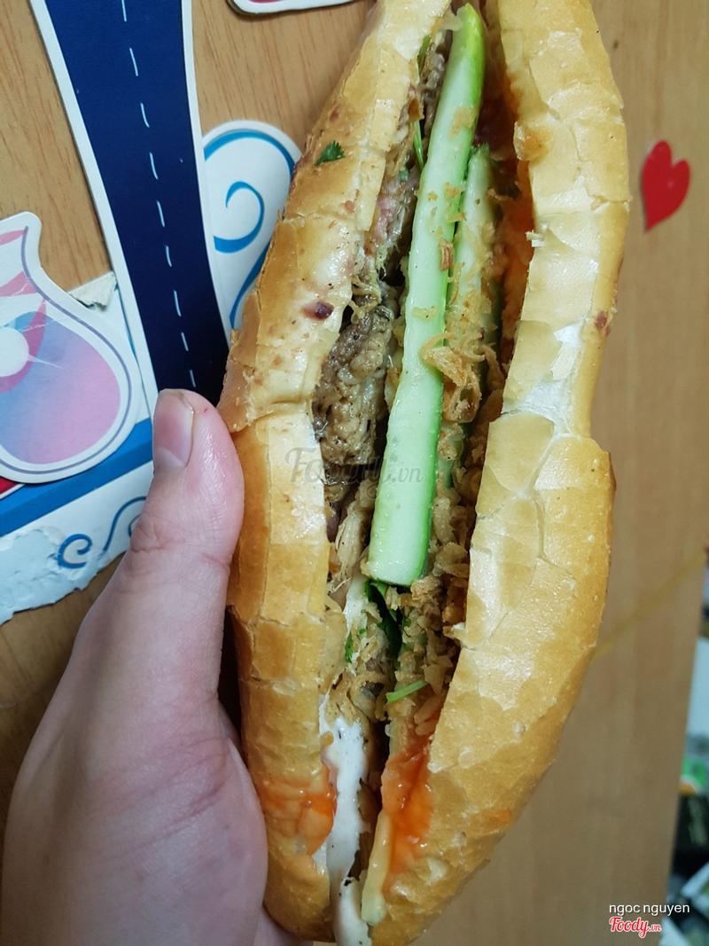 Bánh mì Hà thành