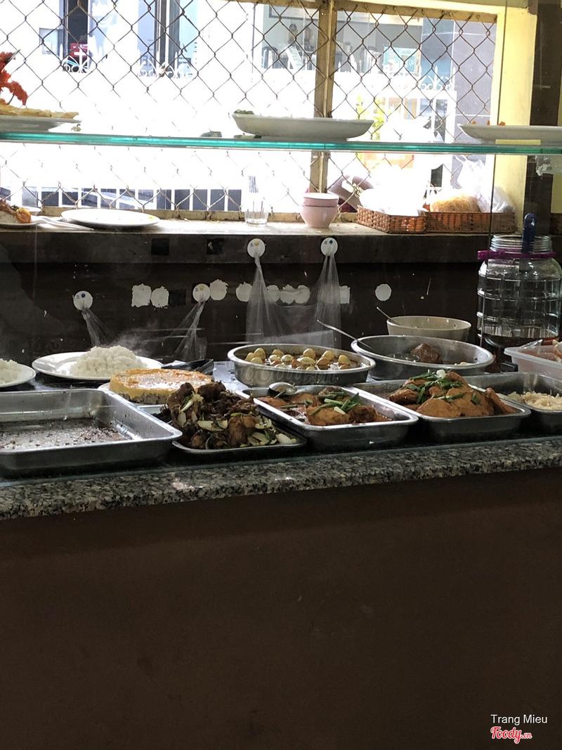 Các món ăn trưa