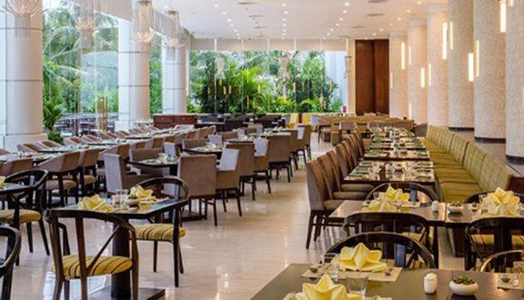 Nha Trang Bay Buffet - Vinpearl Premium Nha Trang Bay