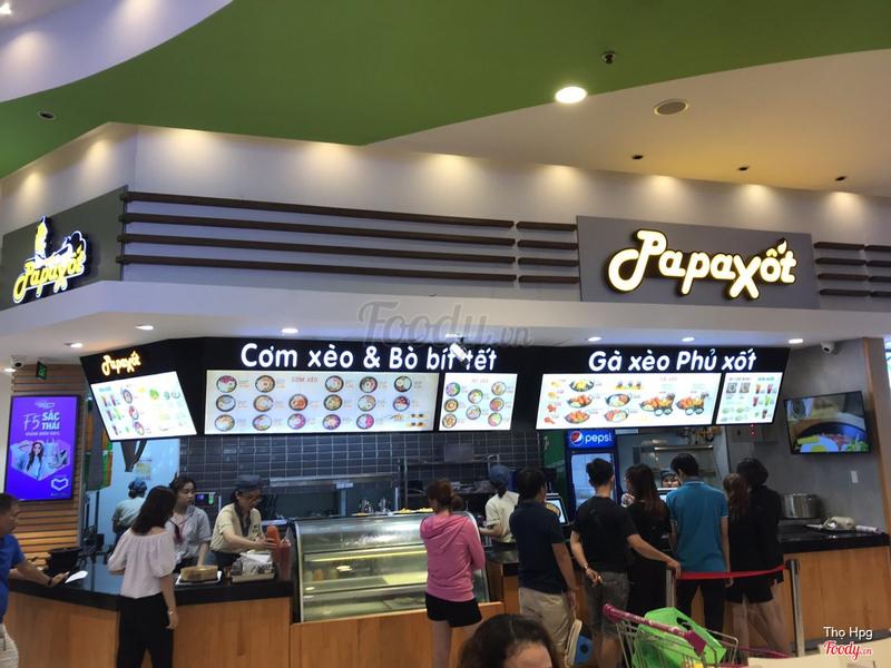 Khung cảnh quầy papaxot ở Aeon Mall Tân Phú