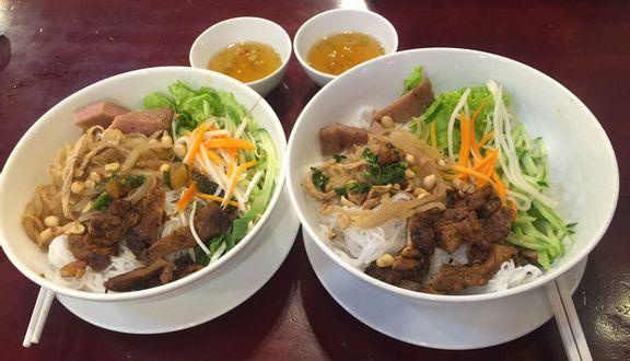 Bún Thịt Nướng Chả Giò - Nguyễn Trung Trực
