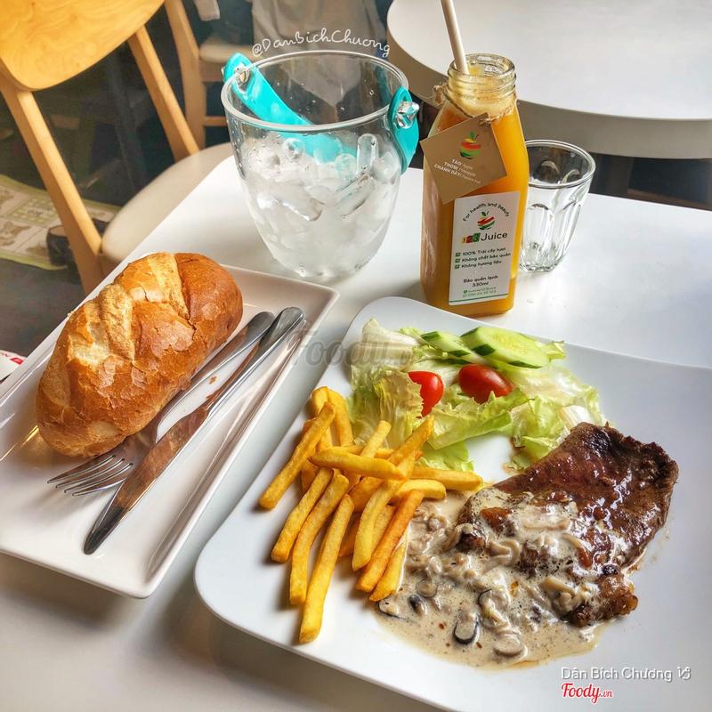 steak Bò mỹ & nước ép trái cây