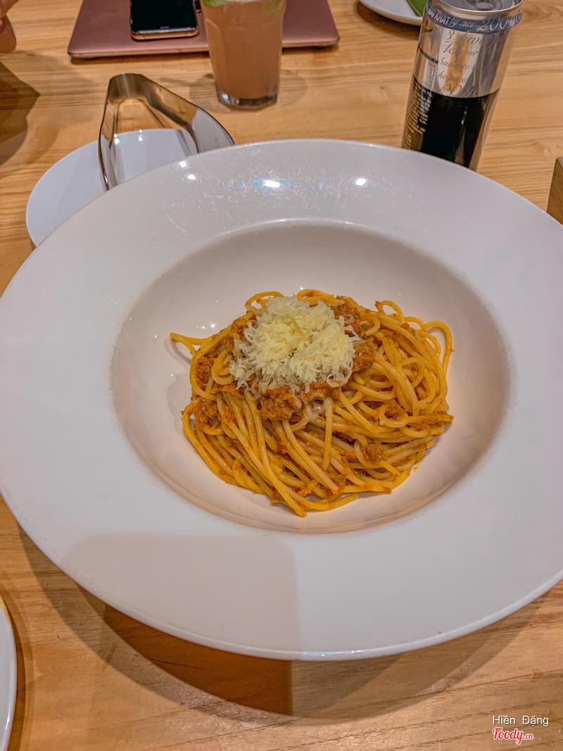 Mỳ bò sốt cà chua phô mai