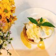 Trứng trần và bánh mì, bữa sáng như đang ngồi tại châu Âu