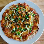 Pizza đế mỏng, ăn xong đảm bảo vẫn còn thòm thèm