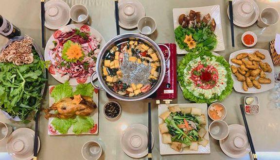 Ẩm Thực Phố Việt - Hải Sản Tươi Sống & Cơm Văn Phòng