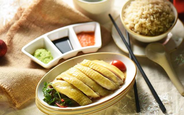 Kampong Chicken House - Cơm Gà Hải Nam - Phạm Ngọc Thạch