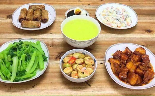Vũ Thu Hằng - Cơm Ngon Hanoi - Shop Online - Bạch Mai