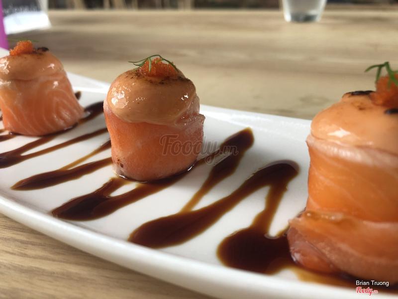 Một dạng sushi cá hồi