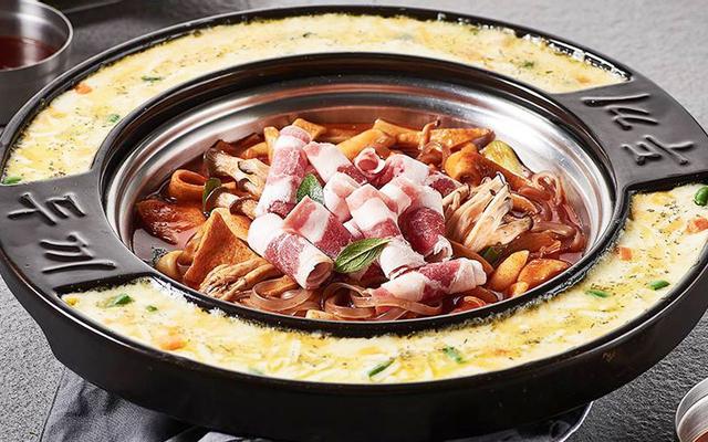 Dookki Việt Nam - Lẩu & Buffet Tokpokki - Vạn Hạnh Mall