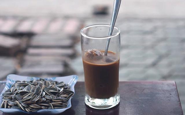 Hai Chị Em - Cafe Võng