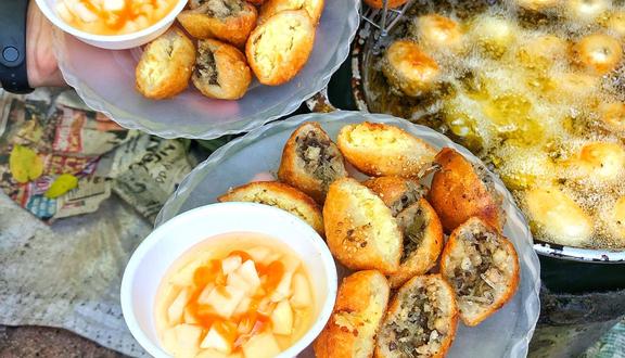 Bánh Rán Hoàn - Thịt Xiên & Bánh Gà