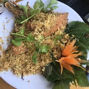 Tôm muni rang muối, món ăn ngon Côn Đảo