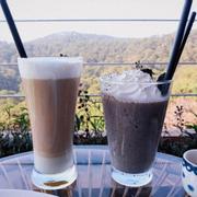 Latte và đá xay