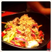 Salat bò trộn