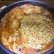 Lẩu ăn bthuong