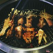 Thịt cuốn nấm kim châm nướng