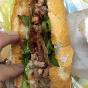 Bánh mì thịt heo pa tê