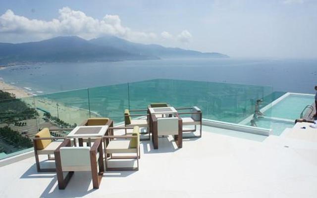 À La Carte Danang Beach Hotel