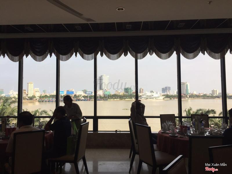 View từ nhà hàng