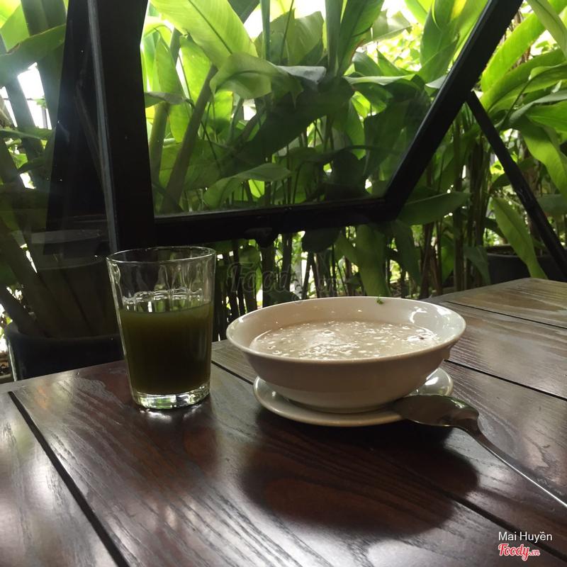 Cháo ngao và nước rau má