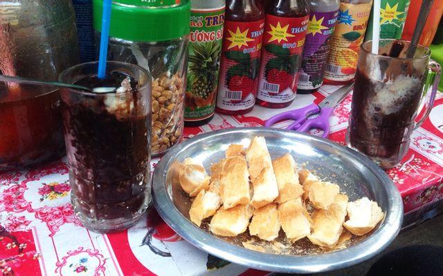 Bà Tám - Cacao Đá & Bánh Mì