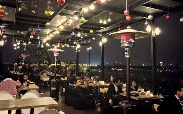 6 Degrees Cafe - Rooftop