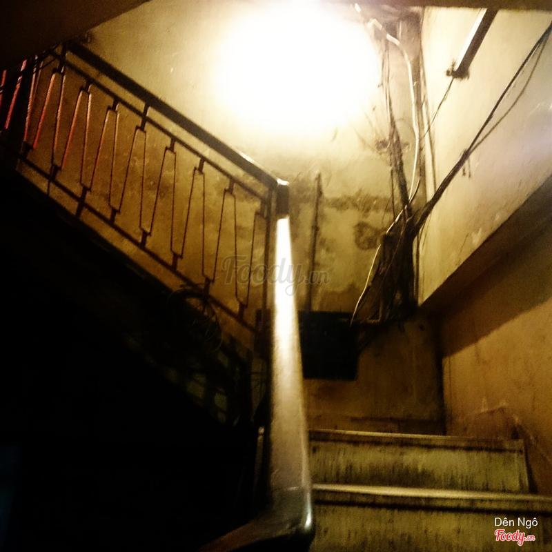 Cầu thang lên Doo