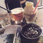 Trà dâu và coffee dừa,,, thất vọng về trà dâu lắm, tránh gọi trà dâu và trà đào nhé