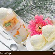 Chè trái cây việt với kem