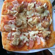 Pizza đặc biệt Ông Già