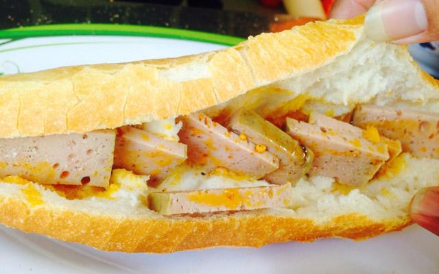 Bánh Mì Ông Tý - Hùng Vương