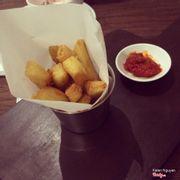 London chip Khoai tây chiên giòn kiểu Anh dùng với mứt ớt. 50k